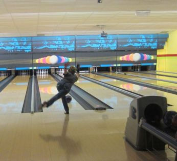 wtba-bowling-tournament-lets-rroll